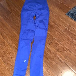 Lulu leggings size 2